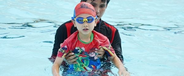 yio chu kang swimming lesson